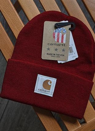 Женская зимняя шапка carhartt бордовая акриловая