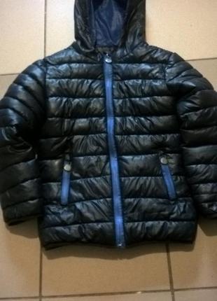 Детская курточка для мальчика.