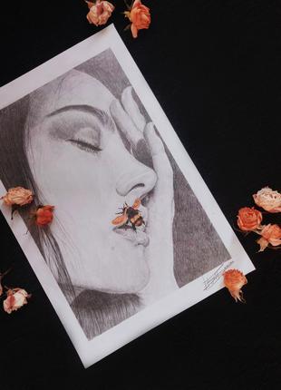 Я нарисую Ваш портрет карандашом