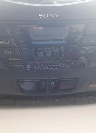 Магнитола. Музыкальный центр Sony CFD-ZW220L