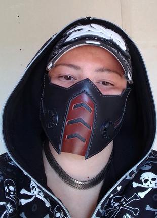 Кожаная маска. Байкерская маска