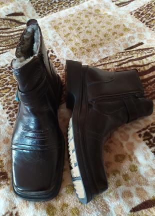 Продам зимние ботинки. 46 р. Цена снижена