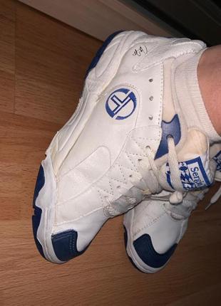 Кожаные белые синие кроссовки на шнурках унисекс бренд sergio ...