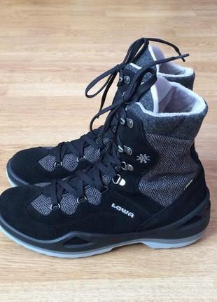 Новые зимние термо ботинки lowa германия 41,5 размера