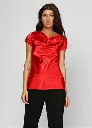 Красная блуза с коротким рукавом