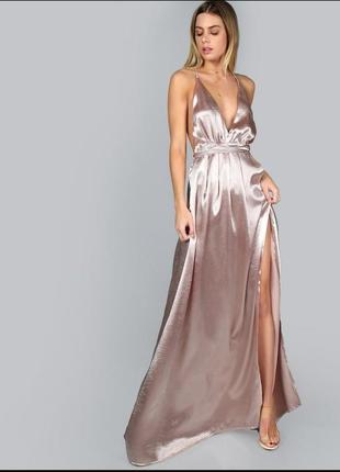 Шикарное платье с открытой спиной на запах