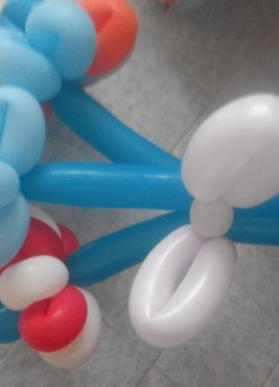 Изготовление и доставка букетов цветов из шариков