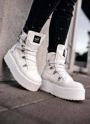 Шикарные женские белые ботинки на платформе puma x fenty by ri...