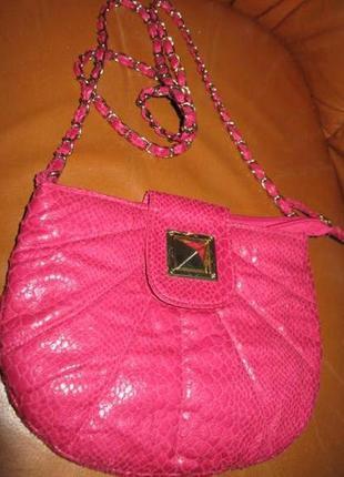 Рожева міні сумочка