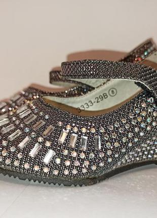 Шикарные туфли босоножки в камнях праздничные на выход на день...