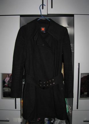 Пальто hugo boss. шерсть и кашемир