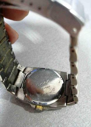 Наручные часы Б/У OMAX DBA141