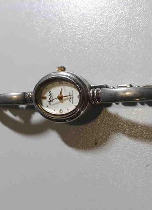 Наручные часы Б/У Omax JYL416