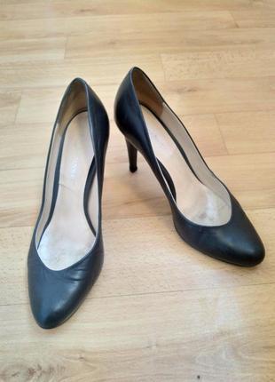 Классические туфли carlo pasolini