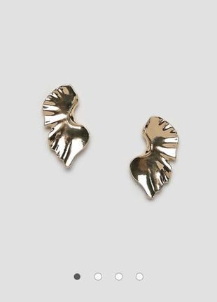 Дизайнерская лондонская золотая серьга гвоздик пол ракушки в в...