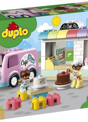 Конструктор LEGO DUPLO 10928 Town Пекарня на 46 деталей