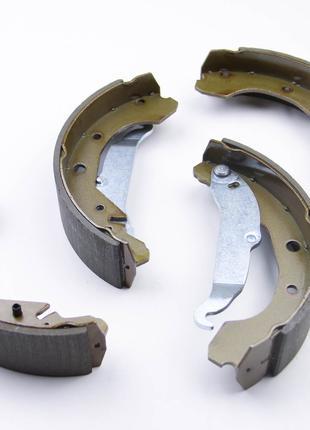 Колодки тормозные задние Daewoo Nubira 1997-
