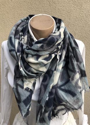 Тонкий,большой шерстяной шарф,палантин,