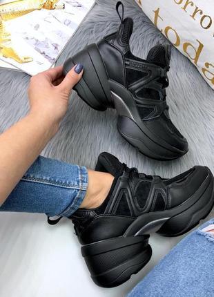 Шикарные кроссовки, кеды