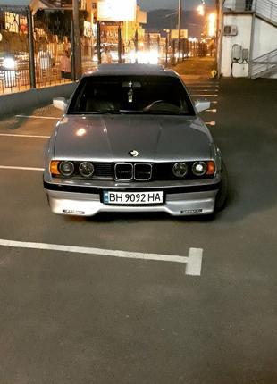 BMW e34 с надежным двигателем M50b25