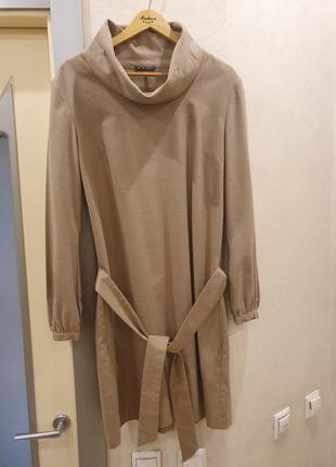 Платье sisley нюдовое теплое бежевое