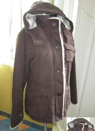 Утеплённая женская джинсовая  куртка с капюшоном  designer s. ...