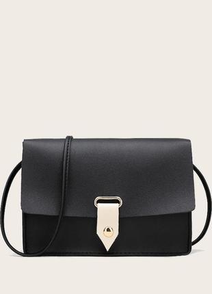 Чёрная сумка кросс-боди