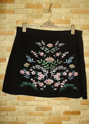 Трикотажная юбка трапеция на резинке с вышивкой 20/54-56 размера