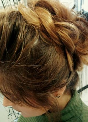 Окрашивание волос, стрижки, причёски на дому
