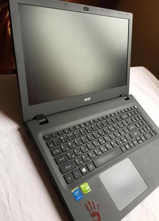 Ноутбук Acer Aspire E5 573g 8gb RAM/Geforce 920m/SSD 120/ i3 5005