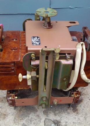Автоматический выключатель типа А3794СУ3