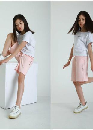 Костюм с шортами на девочку