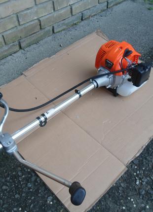 Продам мотокосу Forte БMK-3100М 3.2 кВт, новая, один раз косили.