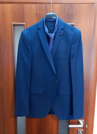 """Костюм """"giotelli"""" приталенный, цвет темно-синий размер 44"""
