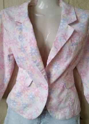 Светлый брендовый жакет пиджак блейзер 100% коттон цветочный п...