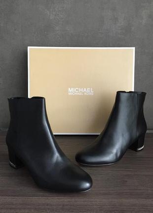 Брендовые стильные ботинки Michael Kors