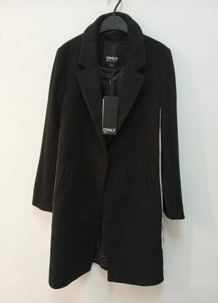 Стильное женское пальто от бренда only