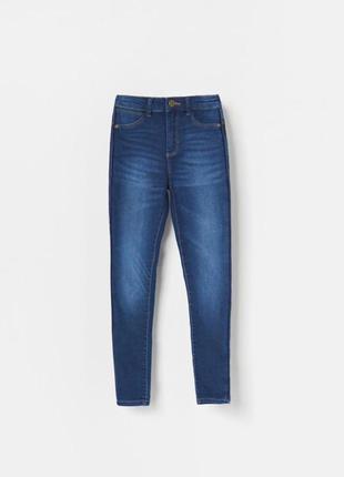 Нові супер стильні джинси slim fit для дівчинки на ріст 146 см...