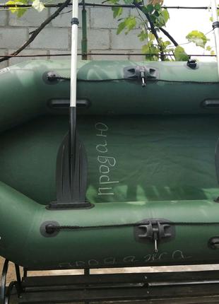 Продажа двухместной резиновой лодки