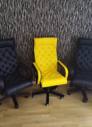 Нове крісло офісне шкіряне, новое кресло кожаное честерфильд