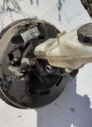 Б/у Вакуумный усилитель тормозов Mazda 6