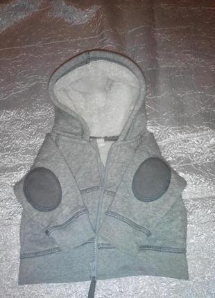 Тепленькая кофта на малыша 3-6 м