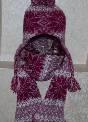 Набор ( шапка +шарф) бренда  young dimensions на девочку