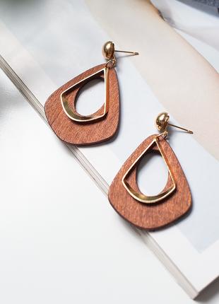 Серьги деревянные золотистые в ретро стиле из дерева коричневые