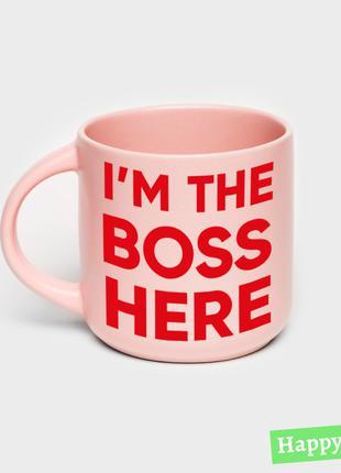 Чашка розовая «I am the boss here»