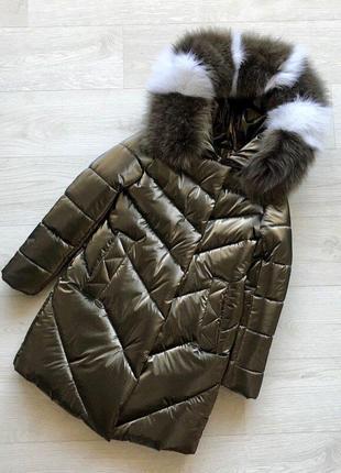 Шикарное пальто с натуральным мехом