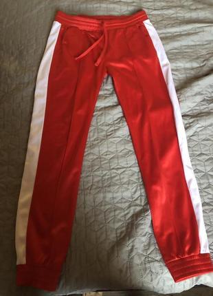 Штаны h&m красные с белыми полосками