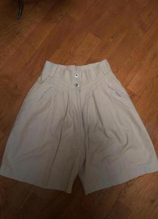 Актуальные шорты-юбка,  с высокой талией