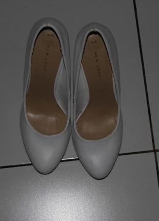 Туфли на каблуке - кожзам - new look 5/38 - стелька - 24 см.
