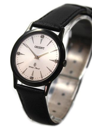 Кварцевые наручные часы Orient FUA06002W0 женские с кожаным ре...